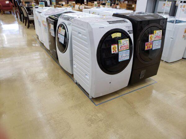 ドラム式洗濯機 入荷しました!!まだまだ買取強中です!