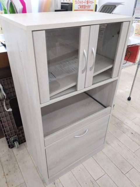【未使用 フクダクラフト レンジトレイ付食器棚 60幅】をお買い取りしました!の買取-