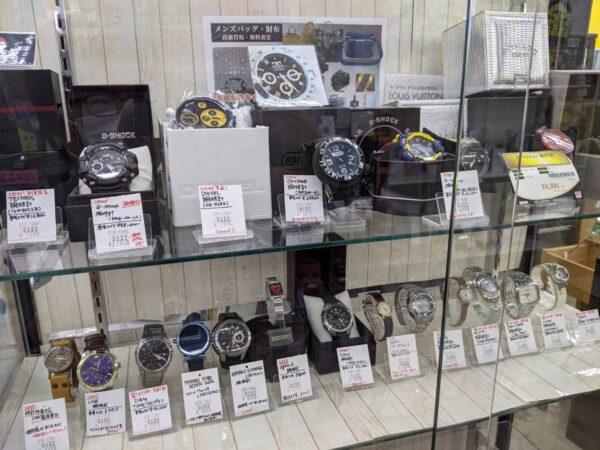 腕時計、高価買取中!電池切れでも買取できるものもあります!!