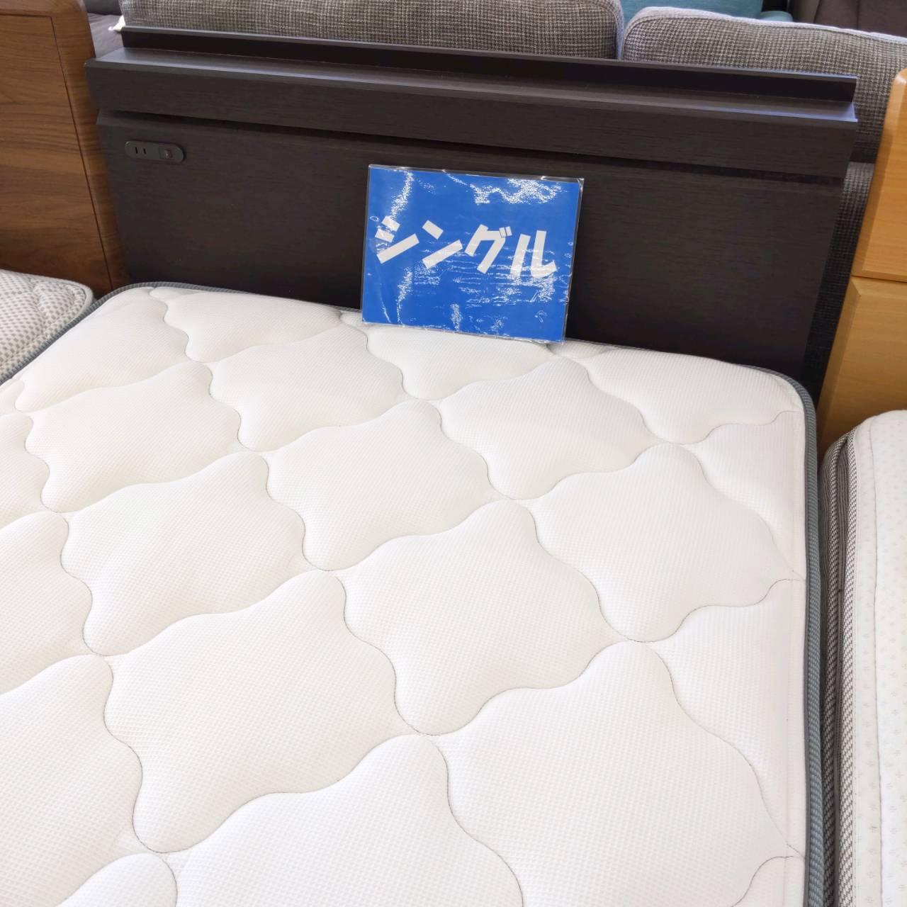 【★参考上代14.5万(セット) FRANCE BED シングルベッド★】を買取させて頂きました!の買取-