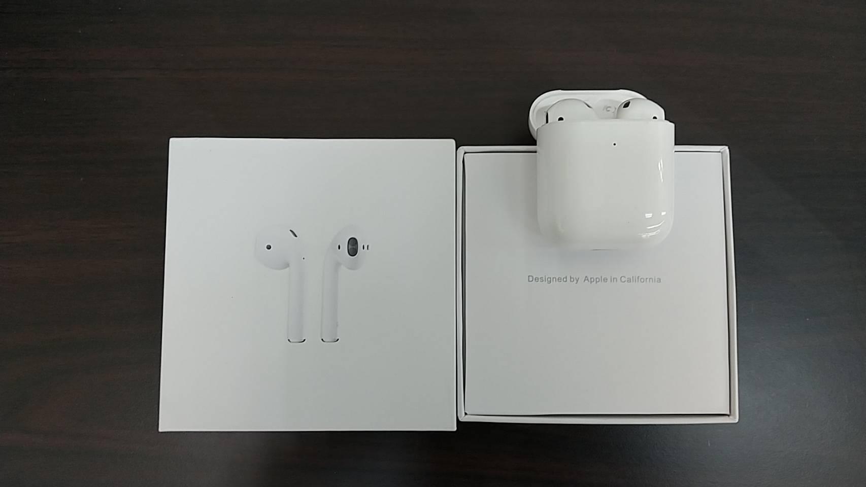 【Apple アップル Air Pods エアポッズ 第2世代】を買取致しました!!の買取-