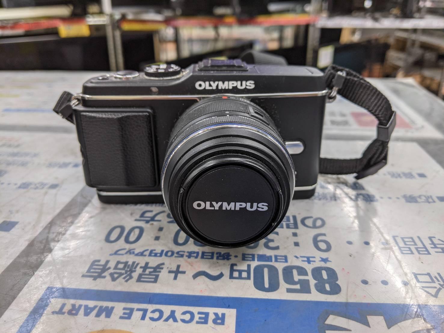 OLYMPUS オリンパス ミラーレス一眼 PEN E-P3 レンズキット ブラック E-P3 をお買取りさせて頂きました!!の買取-