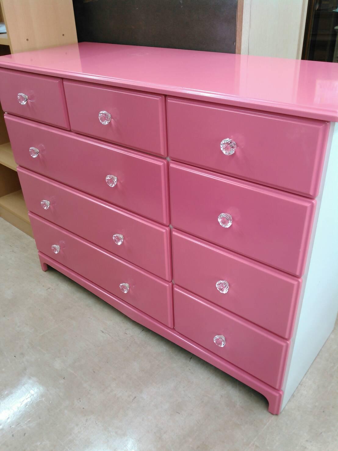 【4段チェスト 収納家具 衣類家具 ピンク クリスタル ローチェスト】買い取り致しました!の買取-