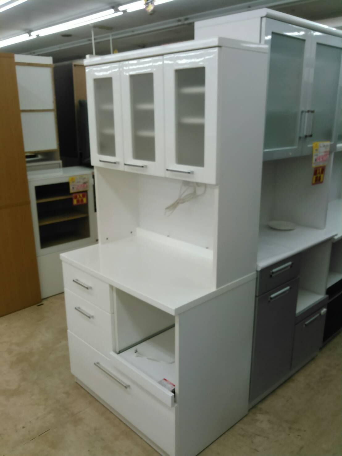 【レンジボード キッチン収納 収納家具 白家具 幅88cm】買い取り致しました!の買取-