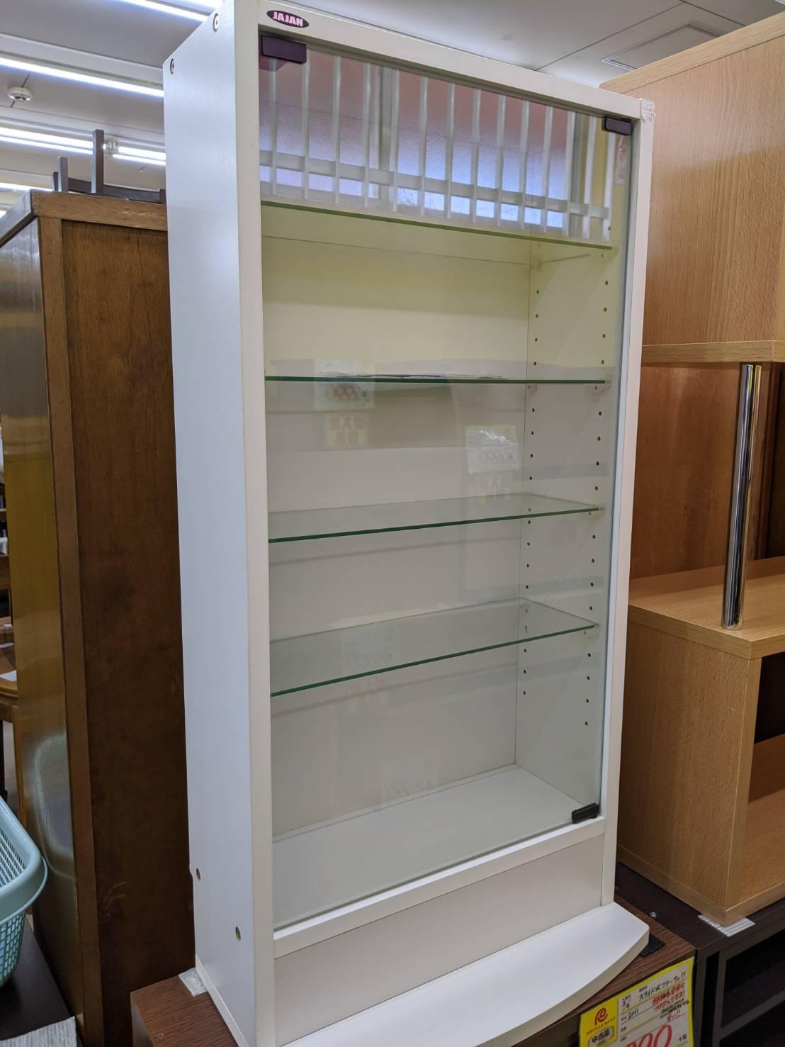 家具も充実しています!!【JAJAN/ジャジャン コレクションラック】を買取致しました。の買取-