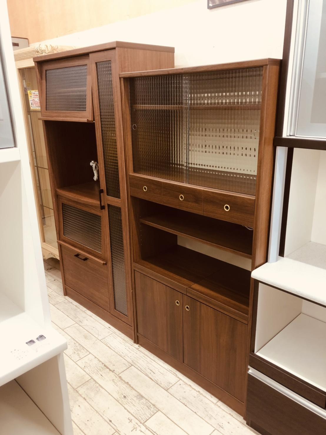 【🌟美品🌟NOCE /ユーアイ家具🌟食器棚/カップボード/レンジボード🌟ANALOGUE/クルム🌟K-900HOP BR/CA-800HOP🌟北欧デザインの食器棚🌟】をセットで買取りさせて頂きました。の買取-