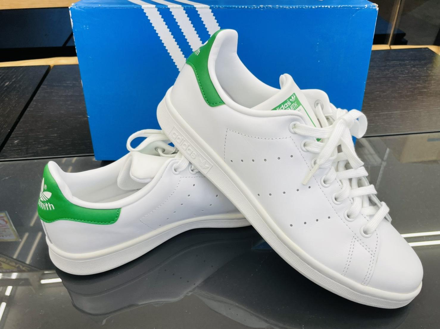 【adidas(アディダス) / STAN SMITH(スタンスミス)スニーカー / ホワイトグリーン 】買い取りさせて頂きました!!の買取-