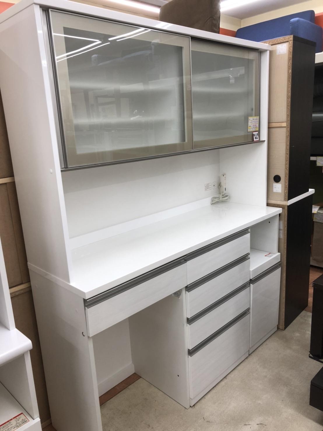 NITORI ニトリ 2面ワイドレンジボード 食器棚 エナメル加工 ホワイト をお買取りさせて頂きました!!の買取-