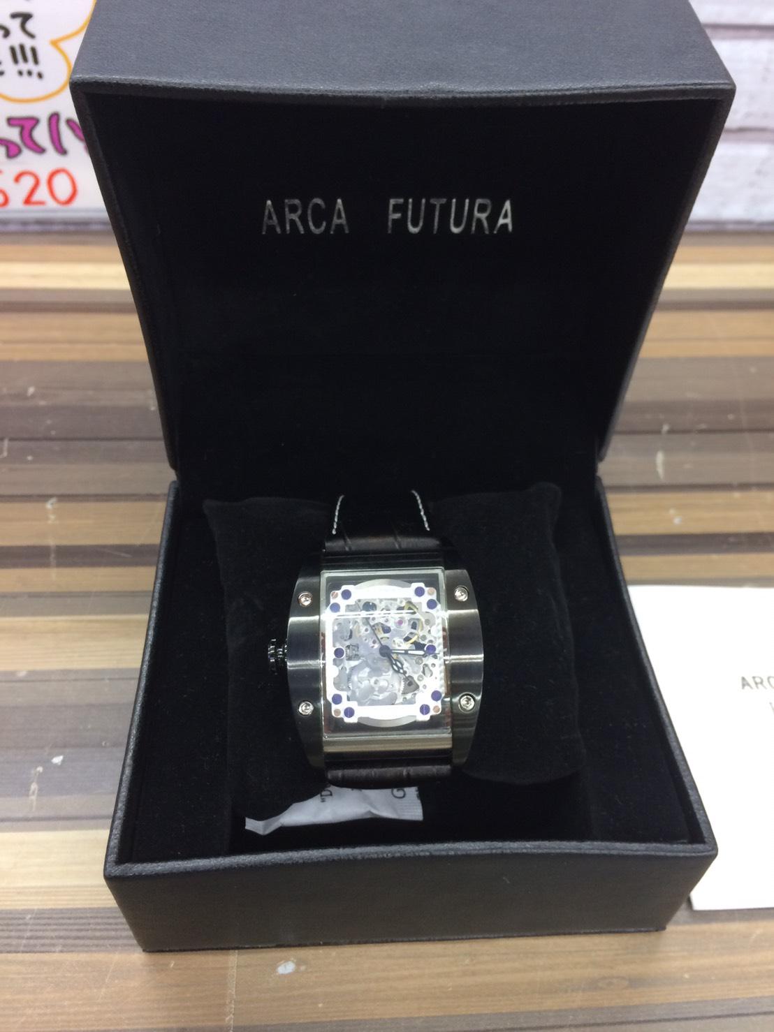 珍しい一品です!!【ARCA FUTURA 自動巻き 腕時計 スケルトンタイプ】を買取致しました。の買取-