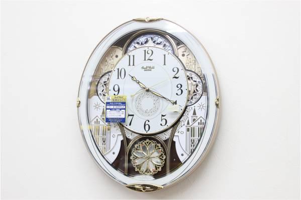 リズム時計 スモーワールドノエル からくり時計 4MN509RH03 白の買取-