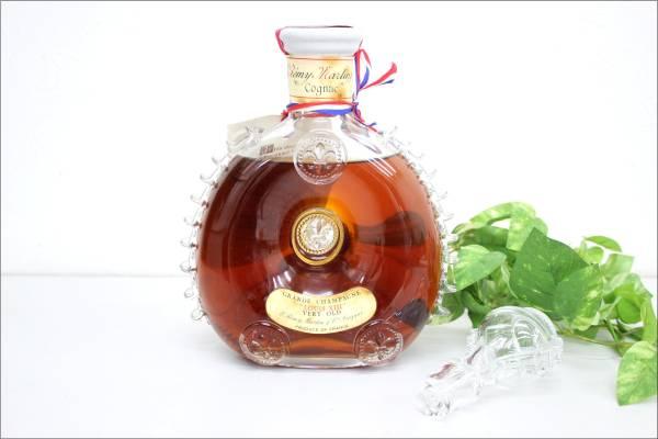 (福岡市中央区) レミー・マルタン ルイ13世 コニャック 替え栓付き 700ml 古酒の買取-100000