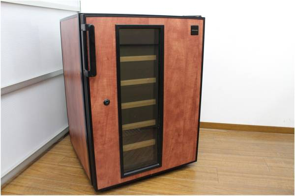 (福岡市博多区)Electrolux エレクトロラックス Dometic ワインセラー CE48の買取-