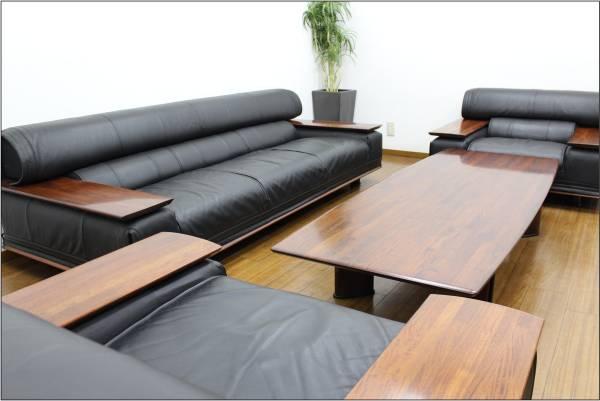 (福岡市中央区) karimoku カリモク ビベンテ 応接4点 3Pソファ/1Pソファ×2脚/センターテーブルの買取-180000